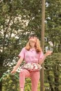 domestic bliss, photoshoot, photography, housewife, housewife photoshoot, housewife editorial, summer, summer photoshoot, summer photography, pool, pool editorial, 50s housewife editorial, 50s housewife photoshoot, kitchy, cool, woman, girl, girl photoshoot, woman photoshoot